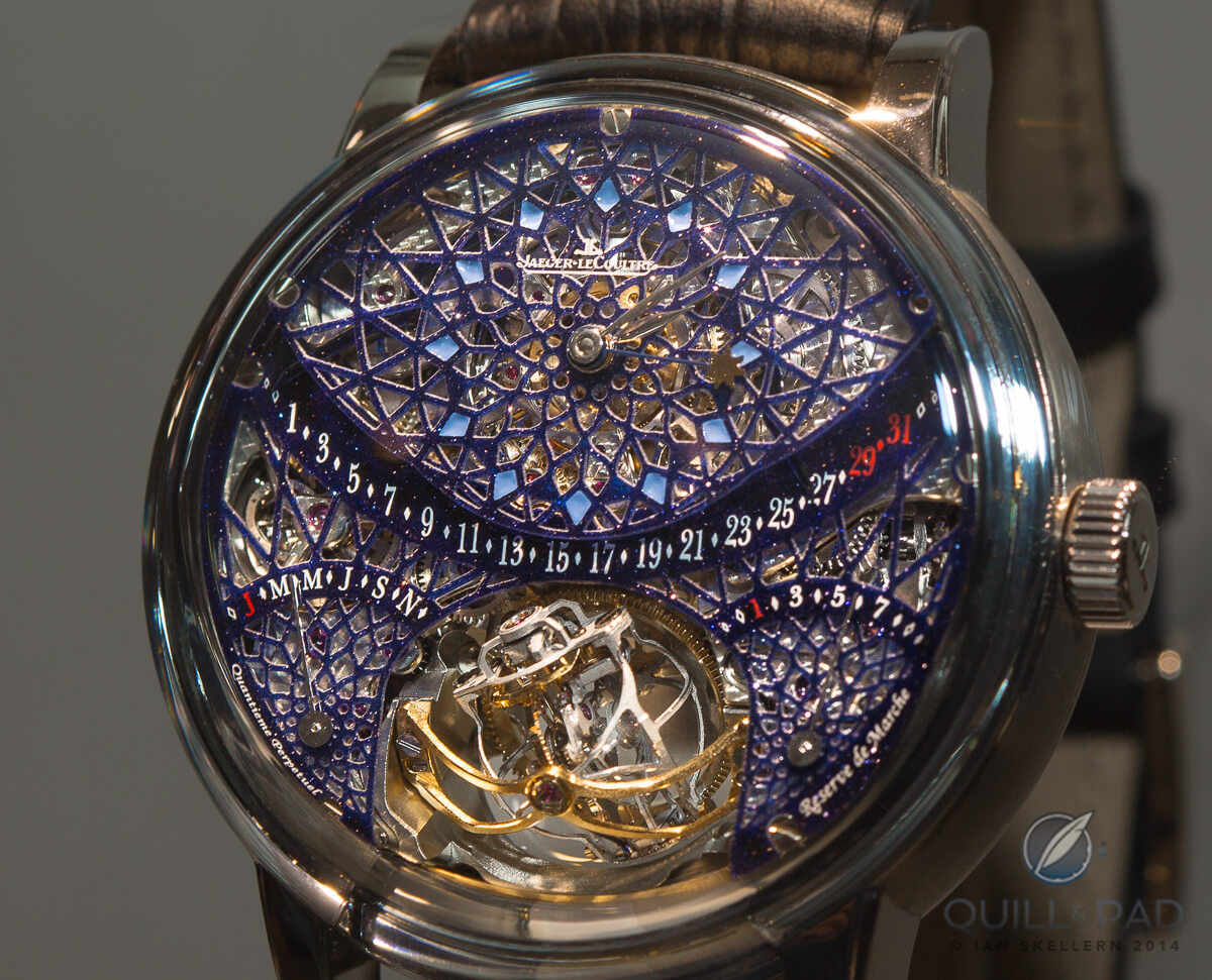 Aventurine sparkling glittering mysterious and placing a hybris artistica by jaeger lecoultre sciox Choice Image