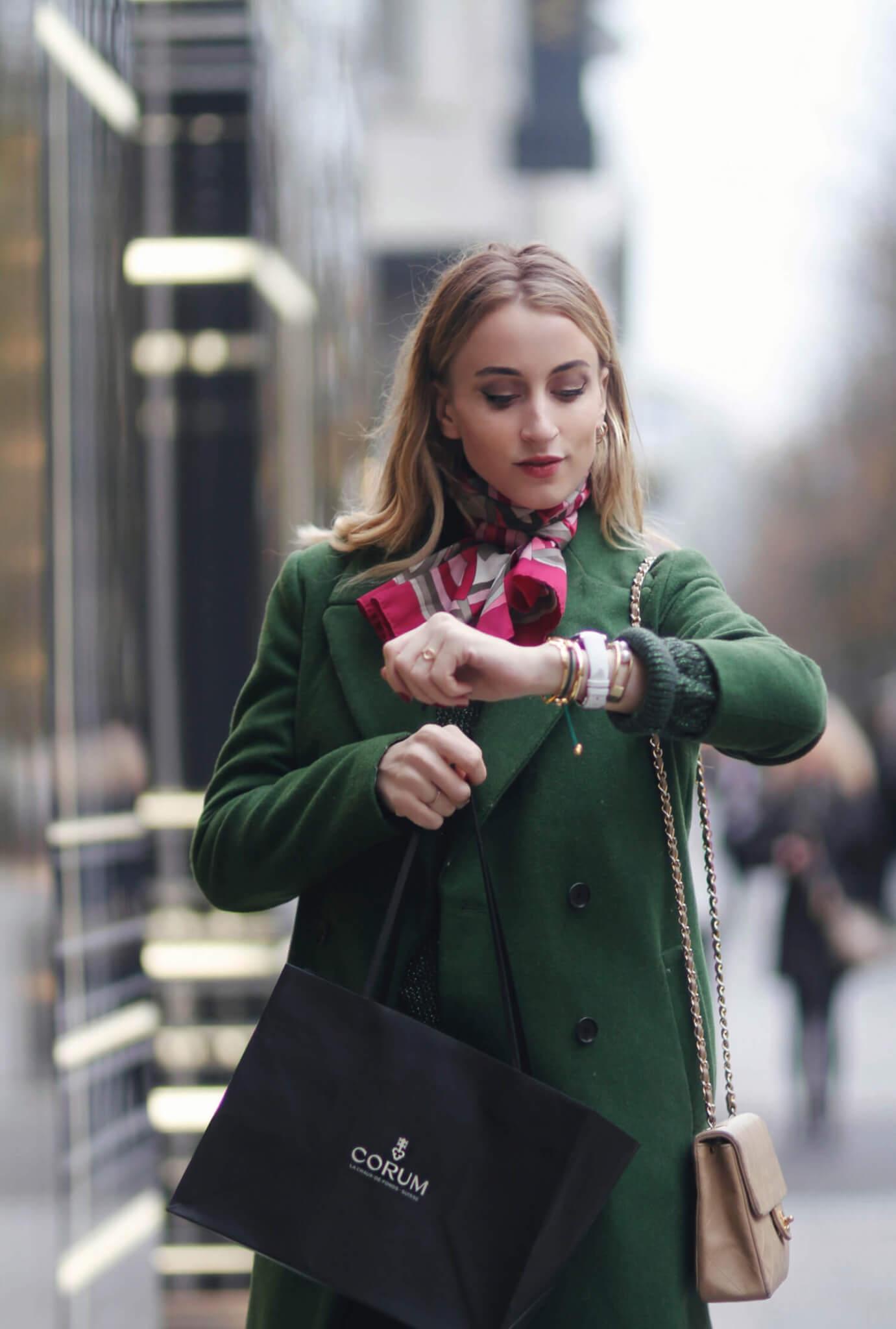 @queenofjet lags as a social media influencer for Corum