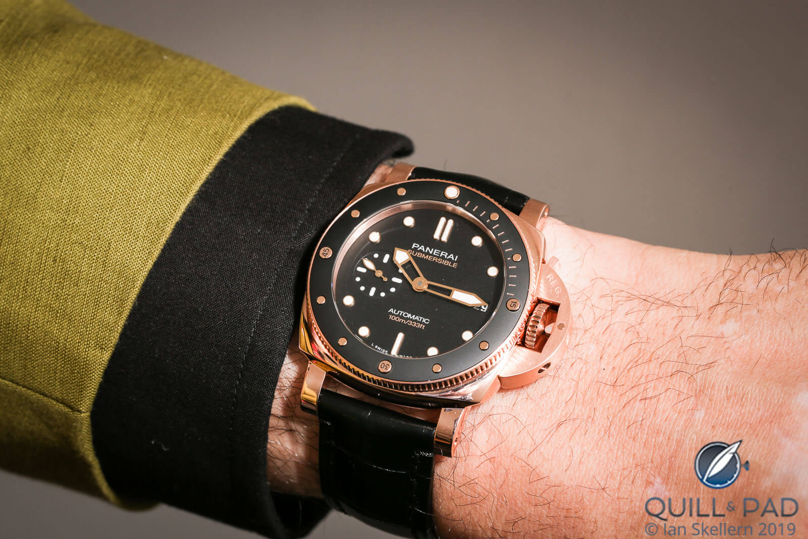 Panerai Submersible 42mm gold/black on the wrist