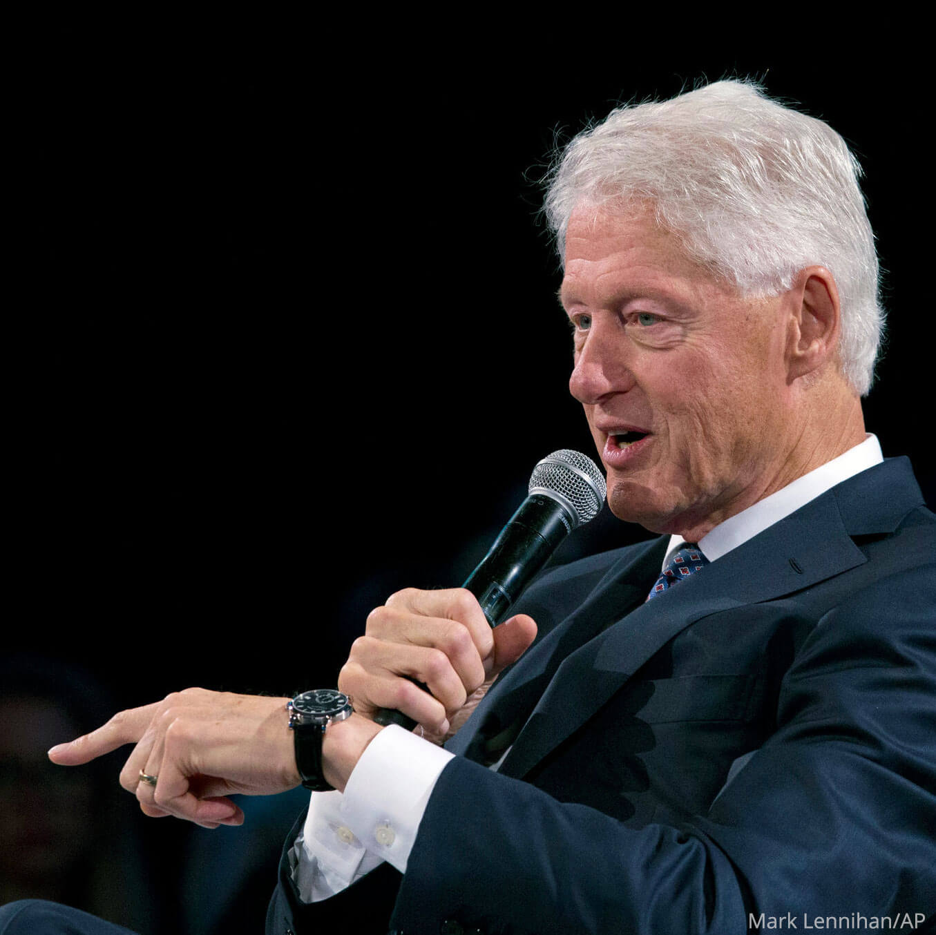 President Bill Clinton wearing a A. Lange & Söhne's Richard Lange Pour Le Mérite at the 2018 Bloomberg Global Business Forum in New York
